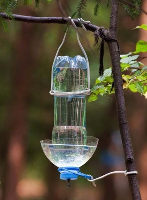 10 creative plastic recycling ideas quick wasters blog for How to make a bird feeder using a plastic bottle