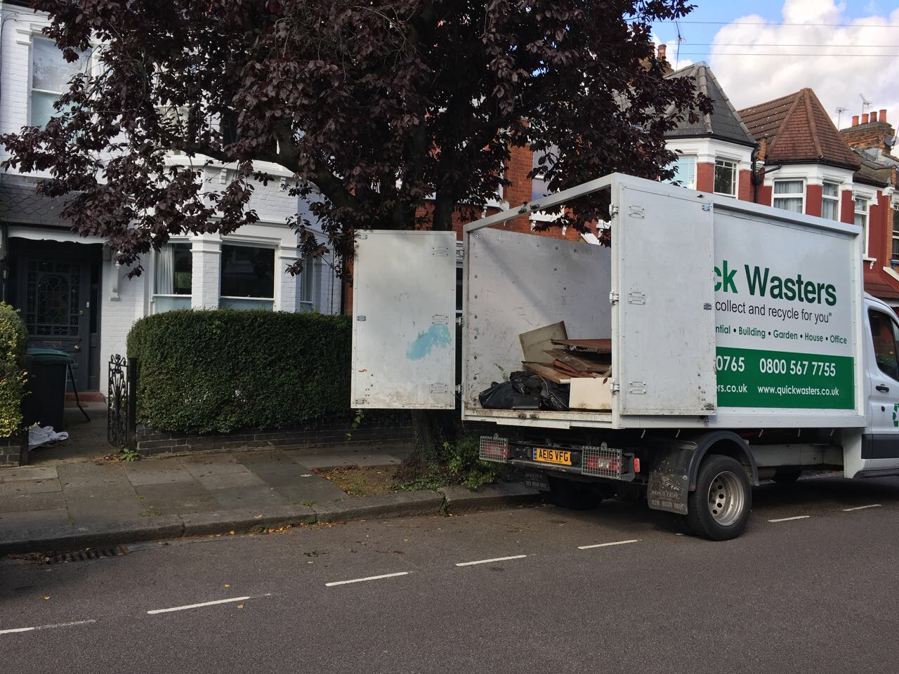 house waste clearance in London by Quickwasters