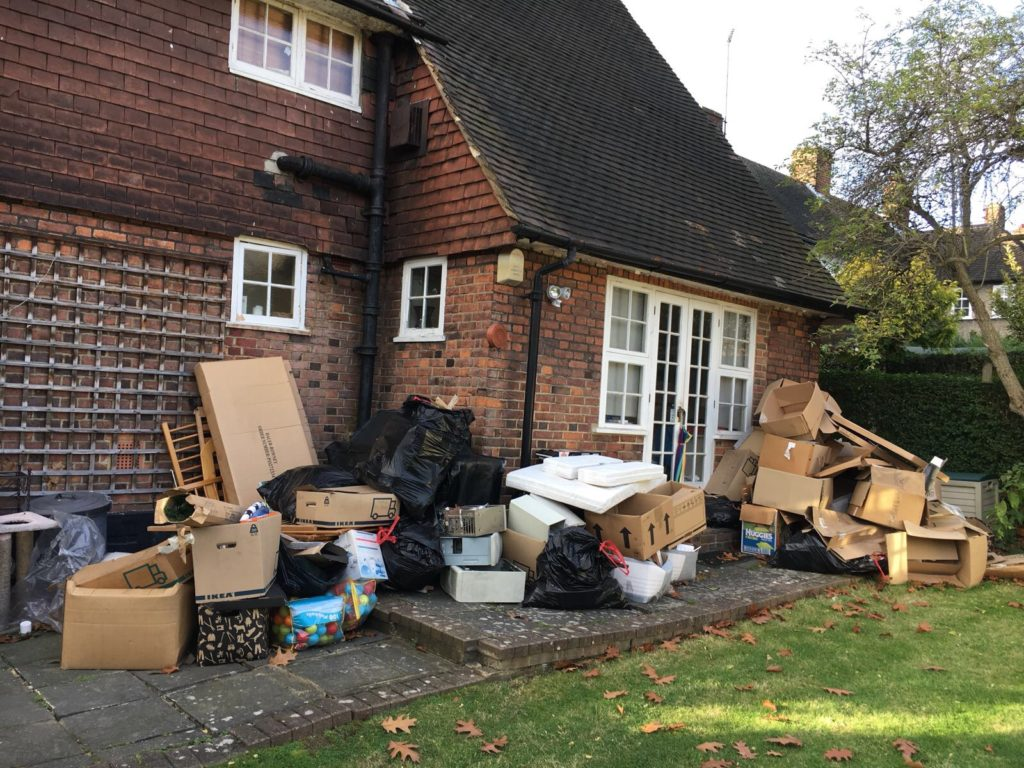 role of rubbish reoval company in maintaining eco friendly environment london