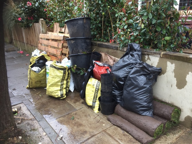 rubbish removal in London by Quickwasters