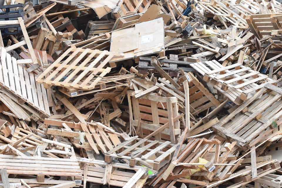 use wood wastes in a effective manner