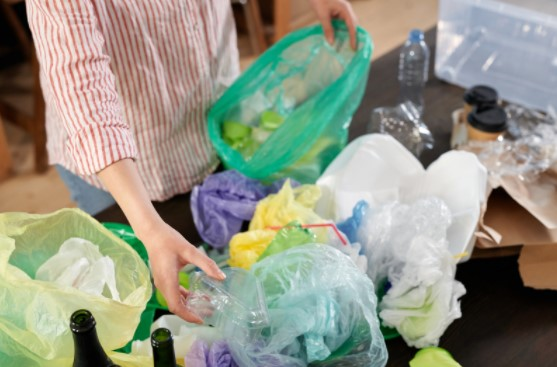 Check out the Drawbacks of rubbish accumulation