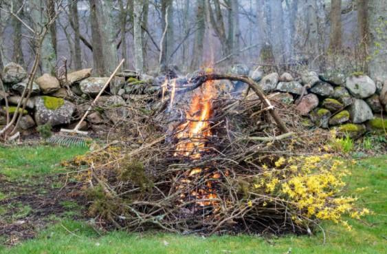 Garden waste accumulation Increase Fire Risk